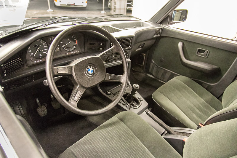 BMW 528i (E28), Innenraum