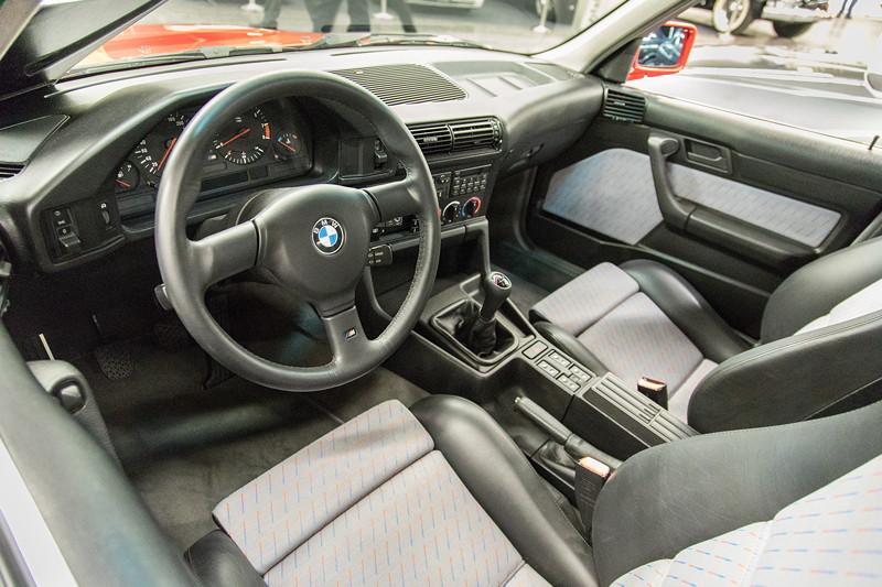 BMW M5 3.6 (E34), Innenraum