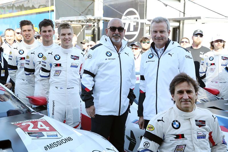 24h Daytona 2019. Chaz Mostert (AUS), John Edwards (USA), Boobby Rahal (USA) Team Chef, Jens Marquardt (GER), BMW Motorsport Director, Alessandro Zanardi (ITA) BMW M8 GTE #24 und Colton Herta (USA), Augusto Farfus (BRA), Connor De Phillippi (USA) and Philipp Eng (AUT), BMW Team RLL Foto.