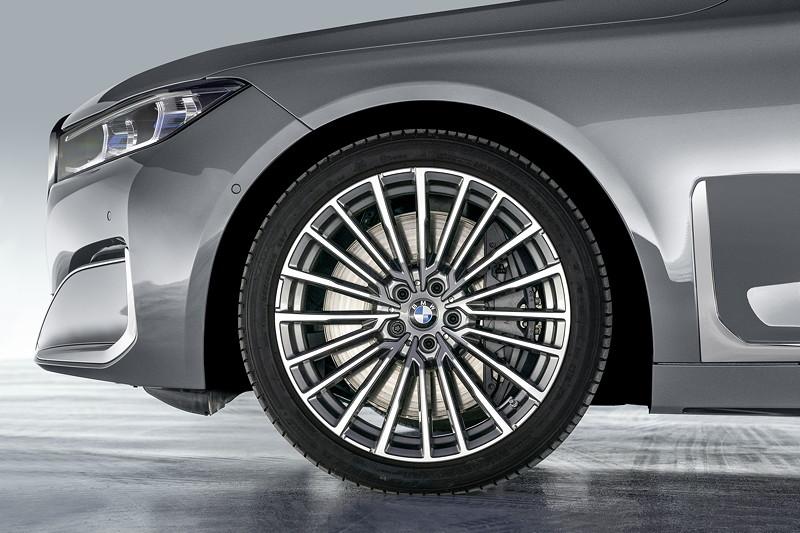 BMW 750Li xDrive (G12 LCI), Leichtmetallrad Styling 777