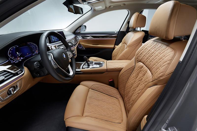 BMW 750Li xDrive (G12 LCI), Interieur vorne