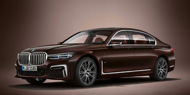 BMW M760Li in BMW Individual Almandine braun metallic