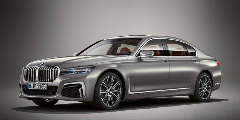 BMW M760Li in BMW Individual Frozen dark silver