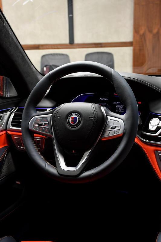 BMW Alpina B7 BiTurbo, Cockpit