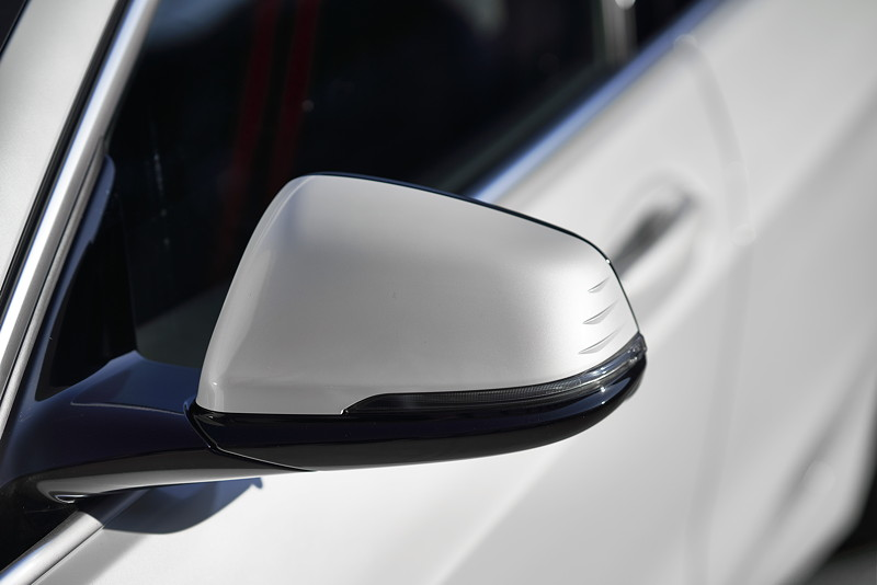 BMW 118i Sportline in Mineralweiss Metallic, Aussenspiegel