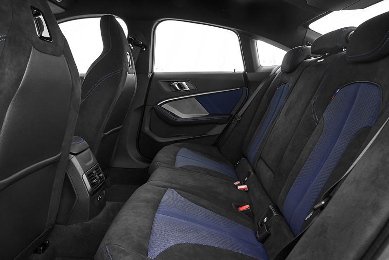 BMW 220d, Modell M Sport, Sitze im Fond