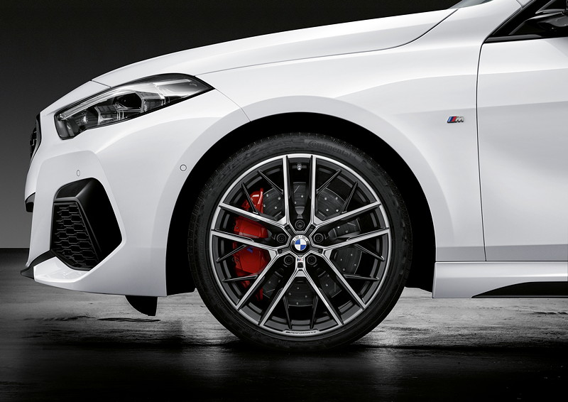 BMW 2er Gran Coupé, 19 Zoll M Performance Leichtmetallrad Doppelspeiche 555 M Bicolor, M Performance 18 Zoll Bremsanlage