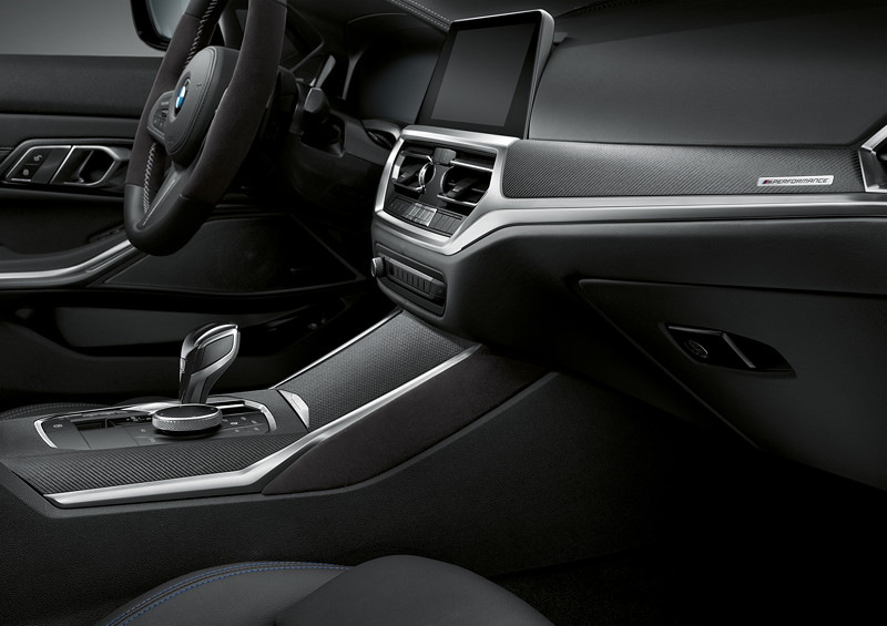 Der neue BMW 3er Touring mit M Performance Parts. Innenraum u. a. mit MPerformance Schaltknauf mit Alcantara-Balg.