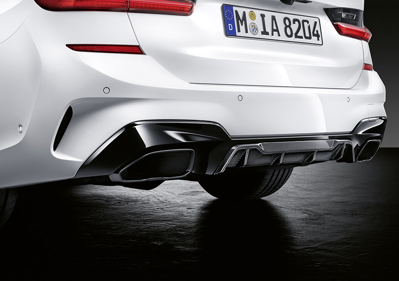 Der neue BMW 3er Touring mit M Performance Parts. U. a. mit M Performance Heckdiffusor.