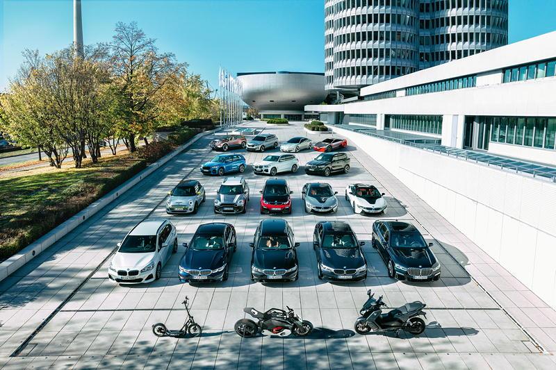 Die elektrifizierten Automobile und Motorräder der BMW Group