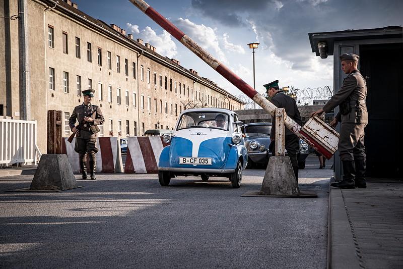 Mit der BMW Isetta in die Freiheit.