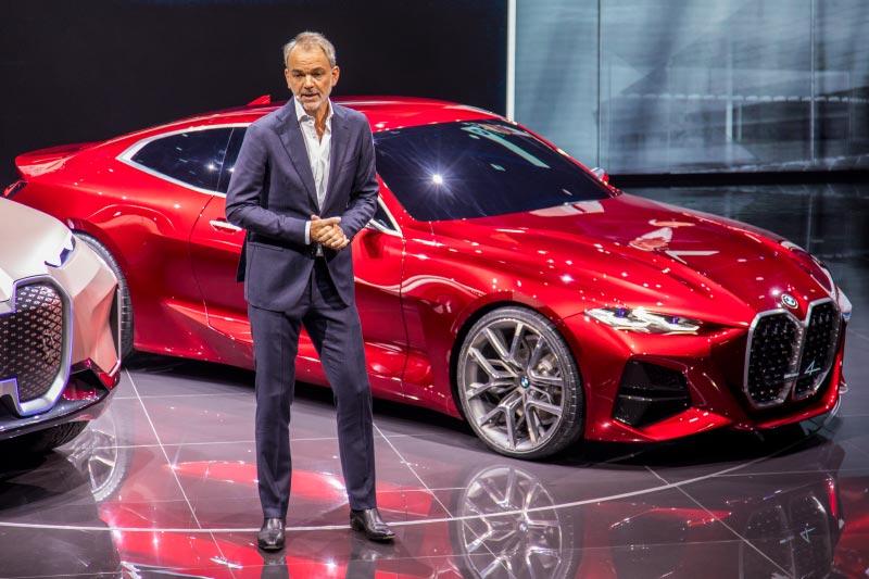 BMW Concept 4: Adrian van Hooydonk stellte das Auto im Rahmen einer Pressekonferenz vor.