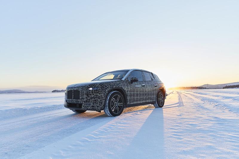 Der BMW iNEXT im Winterfahrtest