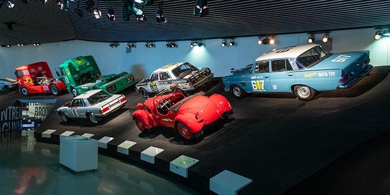 Mercedes-Benz Museum Stuttgart, Mythos 7: Rennen und Rekorde