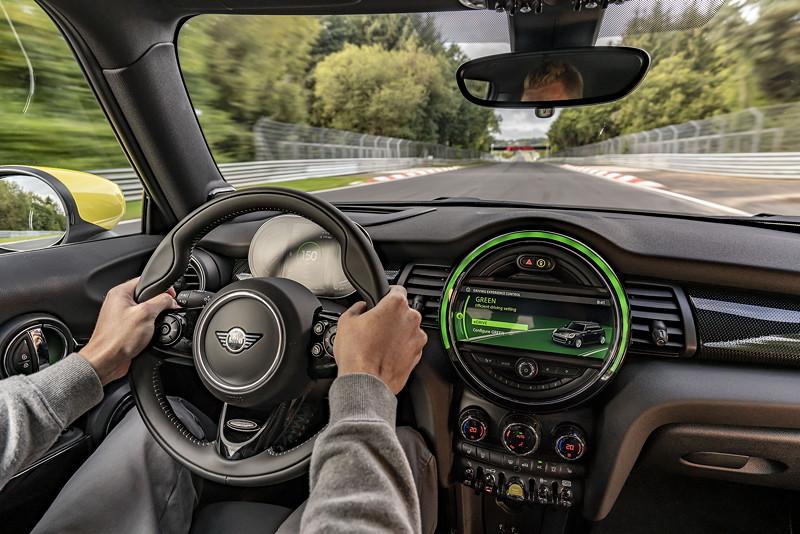 MINI Cooper SE - Green Mode - Green Hell