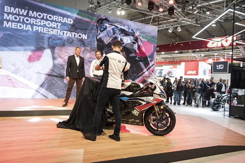 Mailand, 05.11.2019 - EICMA - BMW Motorrad WorldSBK Team Präsentation - Fahrer: Tom Sykes #66 (GBR) und Eugene Laverty #50 (GBR) - BMW S1000RR.