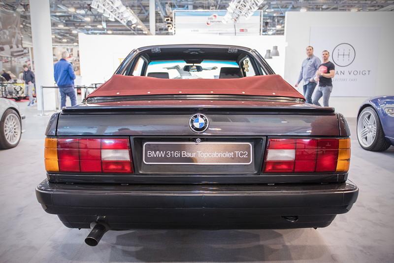 BMW 316i Baur Topcabriolet TC2 von Frank Bachinger, ausgestellt vom BMW Baur TC Club e.V., Techno Classica 2019.