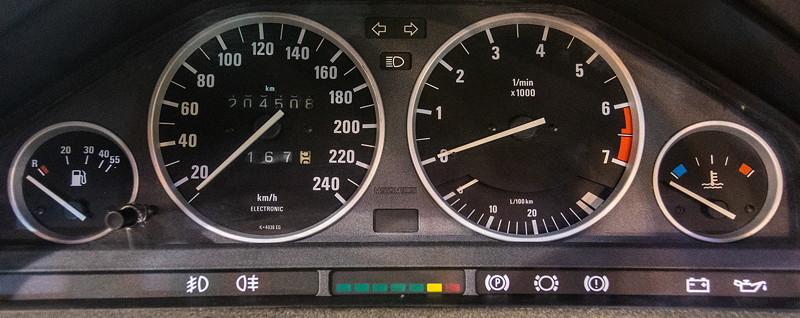 BMW 316i Baur Topcabriolet TC2, Tacho-Instrumente