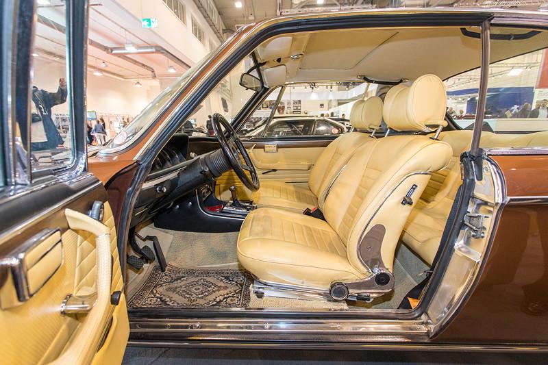 BMW 3,0 CS (Modell E9), Blick in den Innenraum