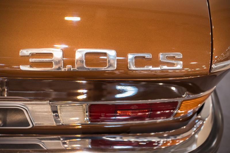 BMW 3,0 CS (Modell E9), Typ-Bezeichnung auf der Heckklappe
