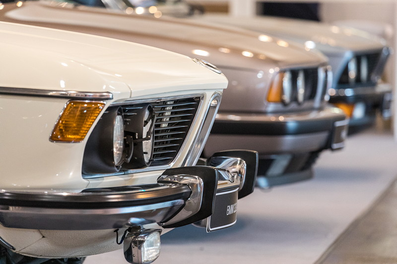 BMW 3.3 L A (Modell E3), ausgestellt auf dem BMW Group Classic Messestand, Techno Classica 2019