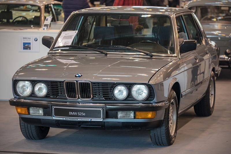 BMW 525e (Modell E28), zweite BMW 5er-Generation (Baujahre 1981-1987)