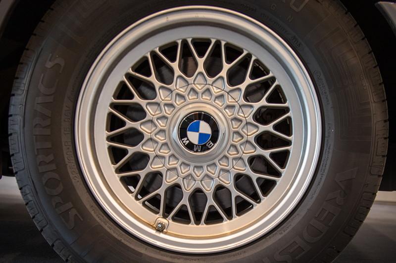 BMW 535i (Modell E34), BMW Felge in 15 Zoll, Typ Kreuzspeiche