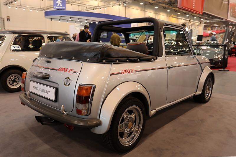 Mini 25 Cabrio, Baujahr: 1984, mit 4-Zylinder-Reihenmotor, 95 PS.