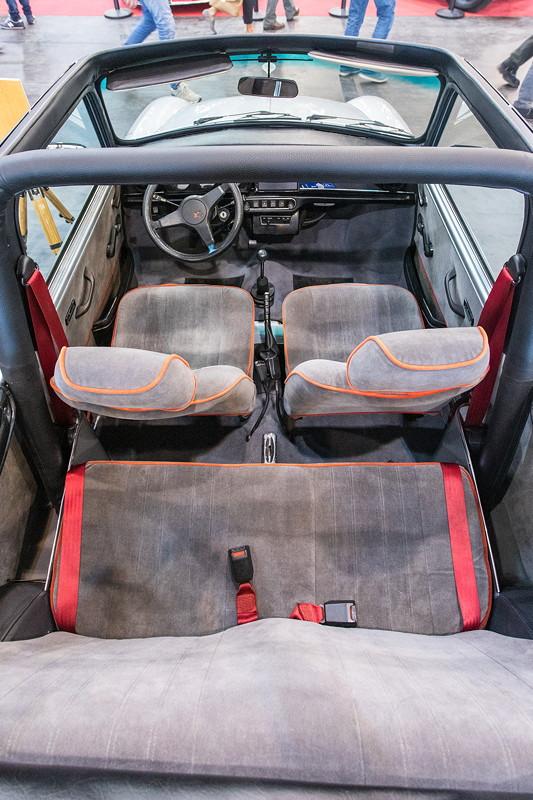 Mini 25 Cabrio, Blick in die Fahrgastzelle.