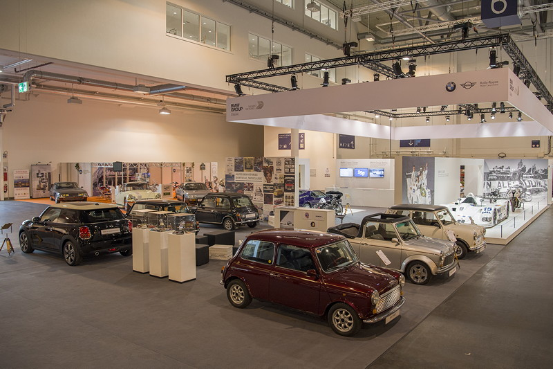 BMW Group Classic Messestand, Techno Classica 2019: Mini Clubfahrzeuge.