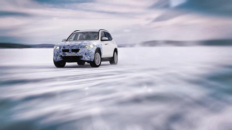 Der BMW iX3 im Winterfahrtest