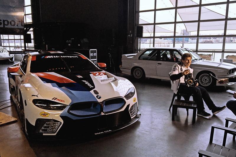 New York (USA), 8. Januar 2019. Alessandro Zanardi, Medien, Tour, BMW M8 GTE.