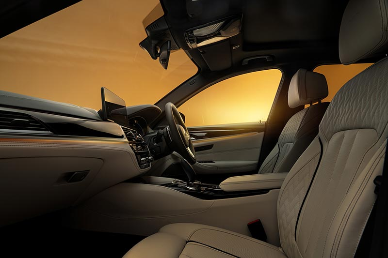 BMW Alpina B5, Interieur