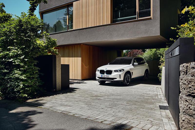 Der erste BMW iX3