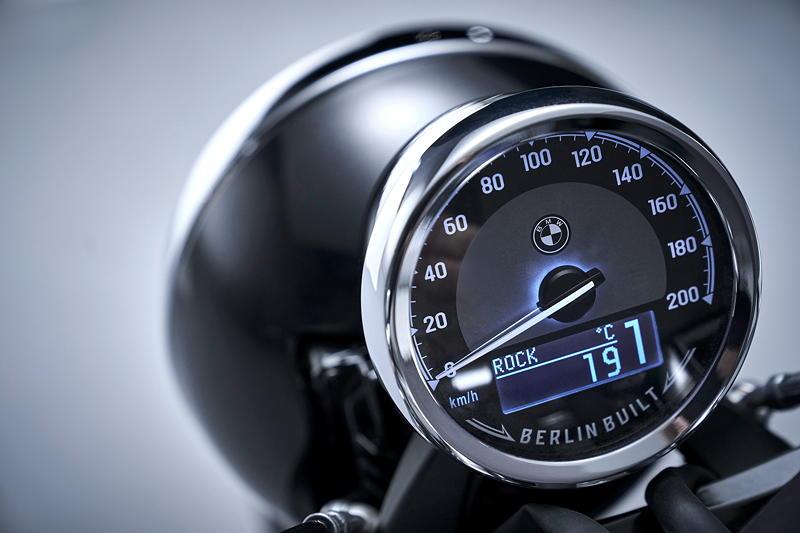BMW R 18 First Edition. Tachometer mit eingestelltem Fahrmodus 'Rock'.