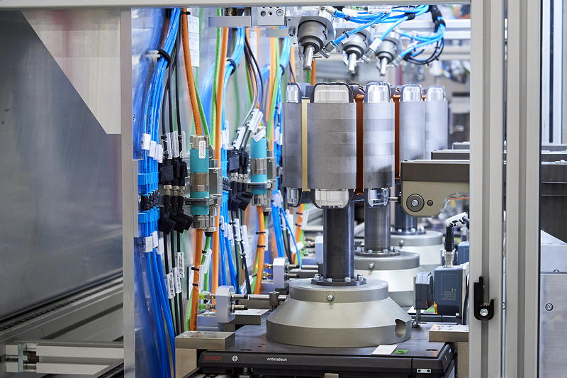 Produktion des hochintegrierten BMW E-Antriebs - Rotor