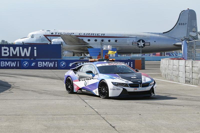 Berlin, 13.08.2020. ABB FIA Formula E Championship, Saisonfinale, Tempelhof, BMW i, BMW i8 Coupé Safety Car.