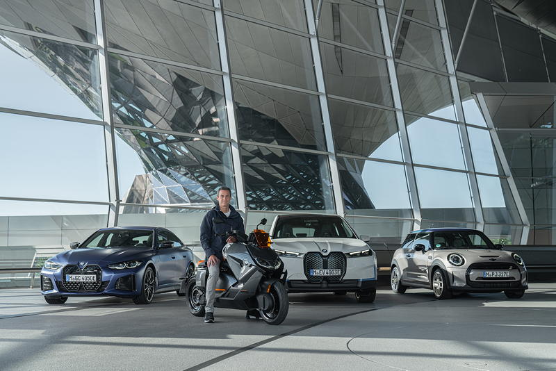 Timo Resch und der BMW CE 04