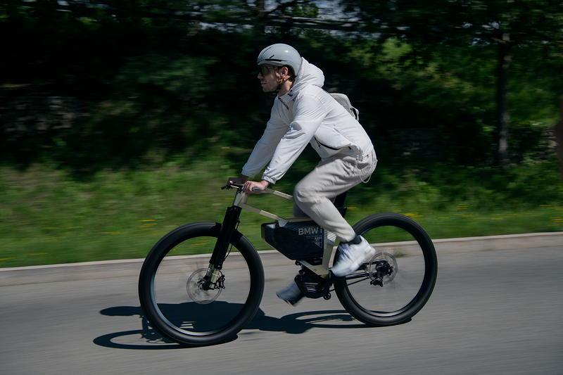BMW Motorrad Vision AMBY. Inspire Artwork.