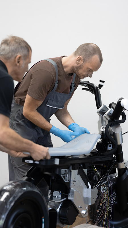 BMW Motorrad Concept CE 02. Reportage.