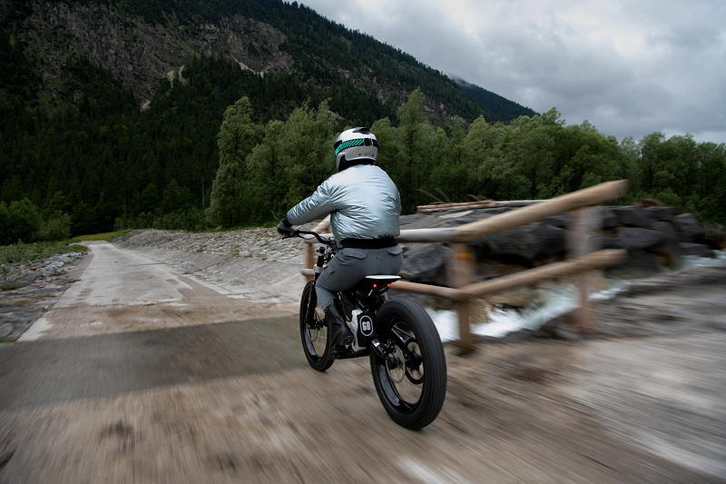 BMW Motorrad Vision AMBY. Alive Artwork.