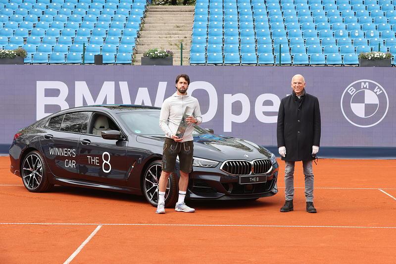 BMW Open 2021: Nikoloz Basilashvili, Pieter Nota (Mitglied des Vorstands der BMW AG, Kunde, Marken, Vertrieb)