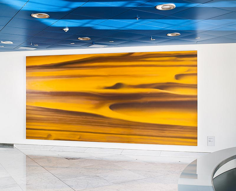 """Gerhard Richter, """"Gelb"""", Öl auf Leinwand, 3m x 6m, 1973. Foyer der BMW Group Konzernzentrale in München."""