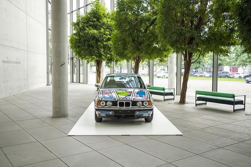 BMW Art Cars @ Pinakothek der Moderne, vom 31. August bis 12. September 2021, München. BMW Art Car von Esther Mahlangu (BMW 525i, 1991).
