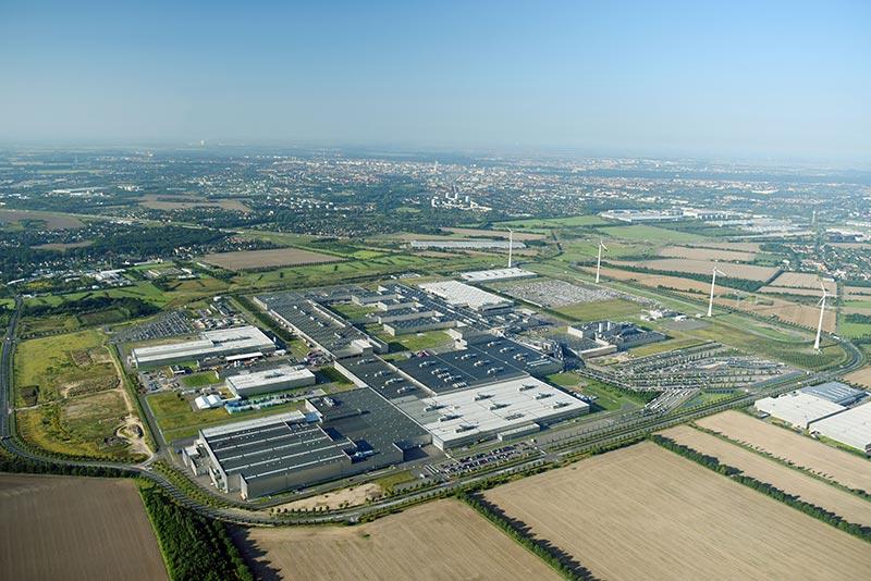 Luftaufnahme des BMW Group Werks Leipzig aus dem Jahr 2017.