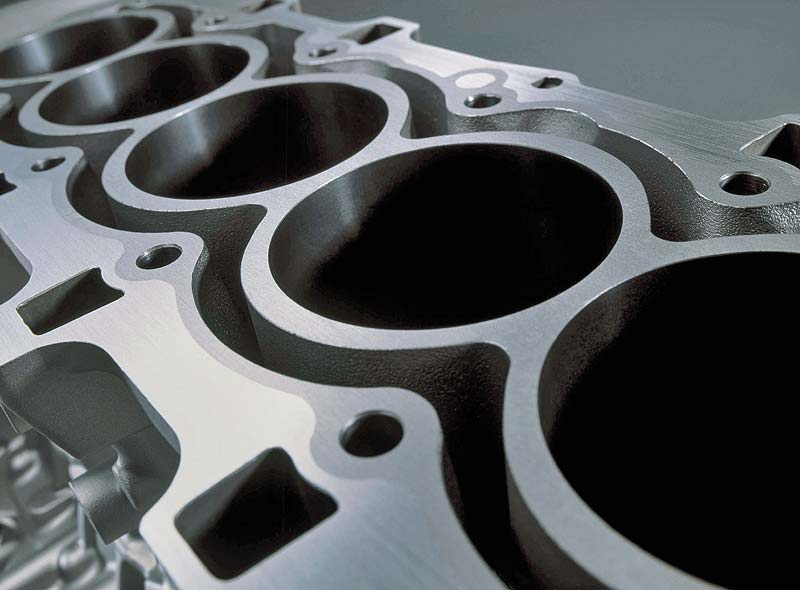 BMW 6-Zylinder-Ottomotor mit VALVETRONIC - Magnesium-Aluminium-Verbund-Kurbelgehäuse