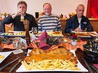 Riesenschnitzel-Essen in Essen