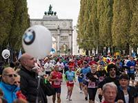 M�NCHEN MARATHON: BMW i3 f�hrt das Feld von 20.000 Aktiven an.
