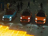 PIXELS: In der neuen Science-Fiction-Kom�die von Sony Pictures hilft der MINI Cooper S bei der Rettung der Welt.