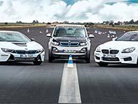 Mit dem BMW i8 das Fahren trainieren.